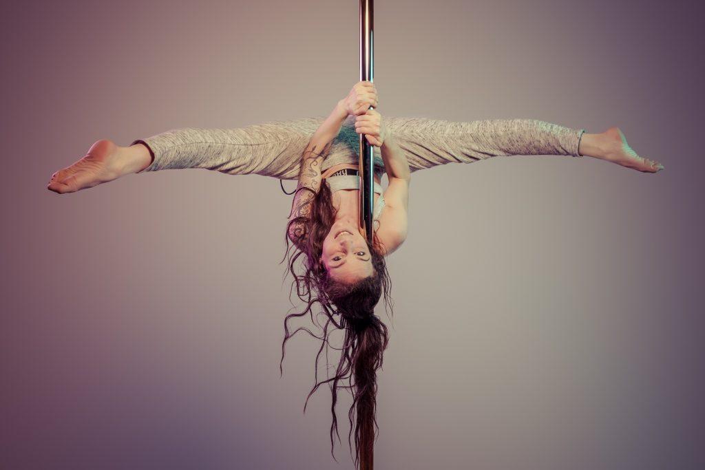 À propos de Madame Polette - École de pole dance à Agen Crédit photo : Patrick Bristiel