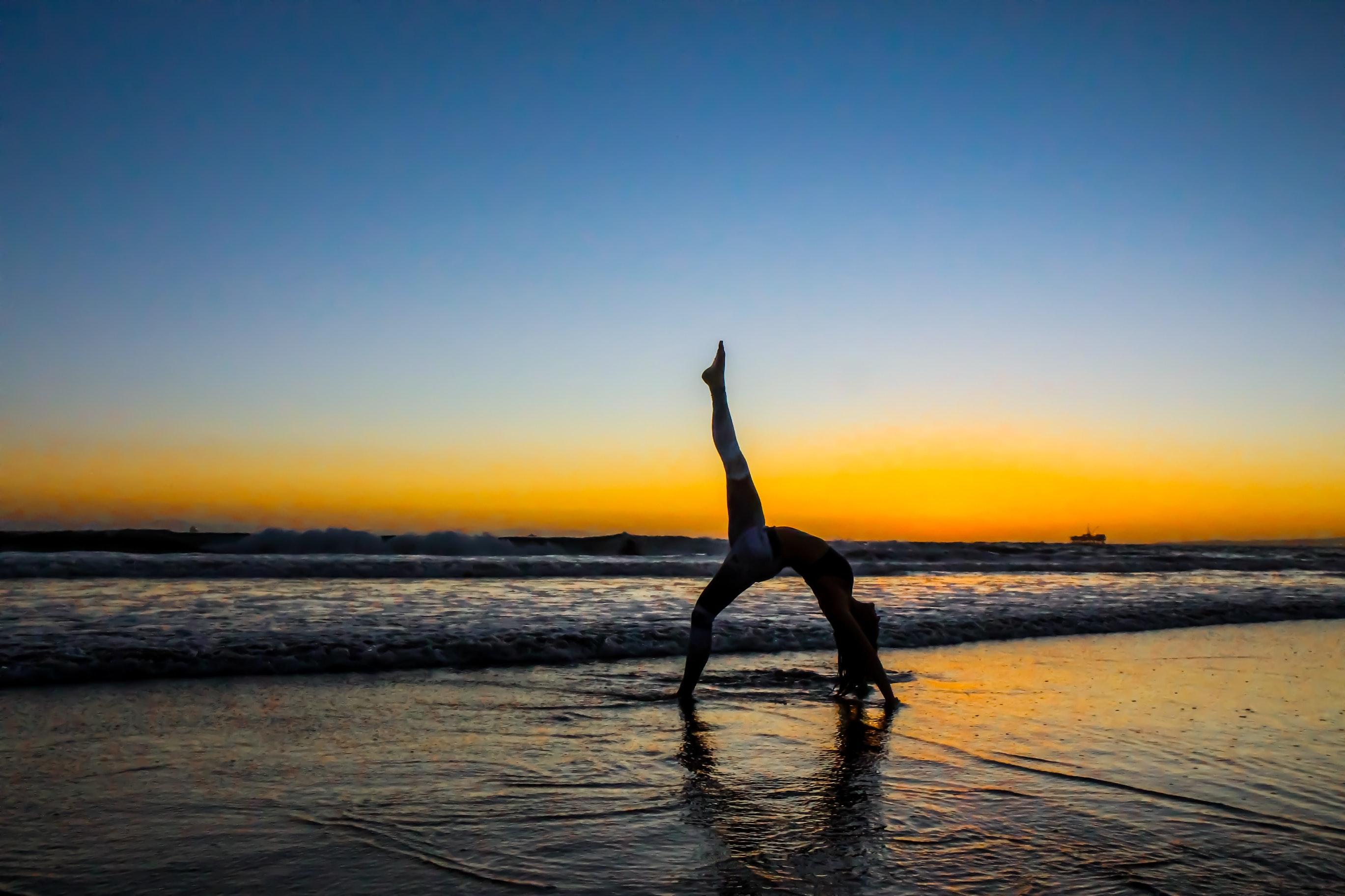 Focus sur la souplesse en pole dance